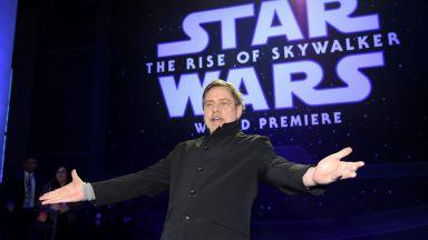 """Феновете за новите """"Междузвездни войни"""": Направо ни отвя"""