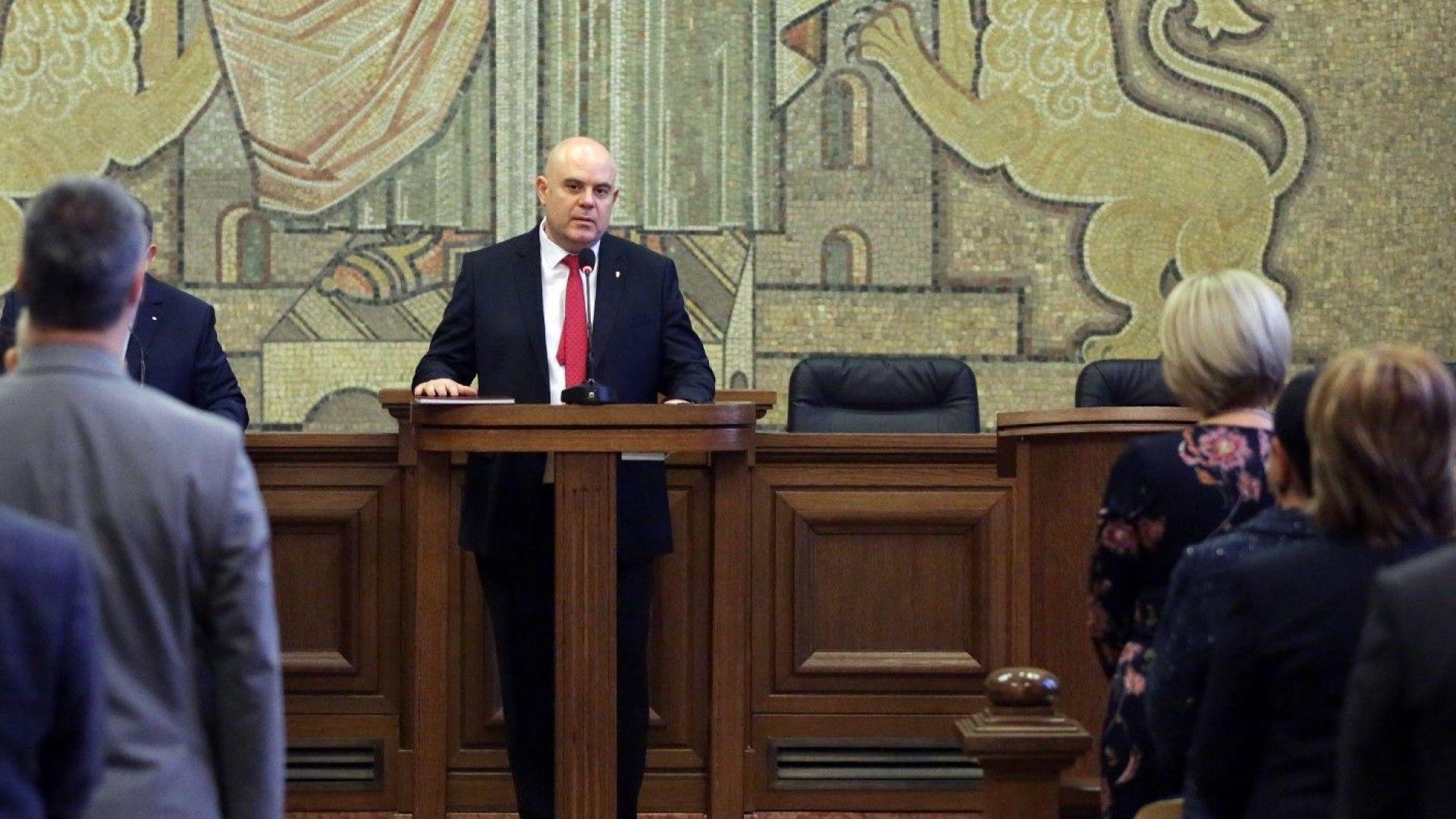 Иван Гешев: Прокуратурата е против това да бъде извън съдебната власт