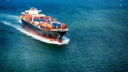 Износът на България падна с 8% през първото полугодие, вносът с почти 12%