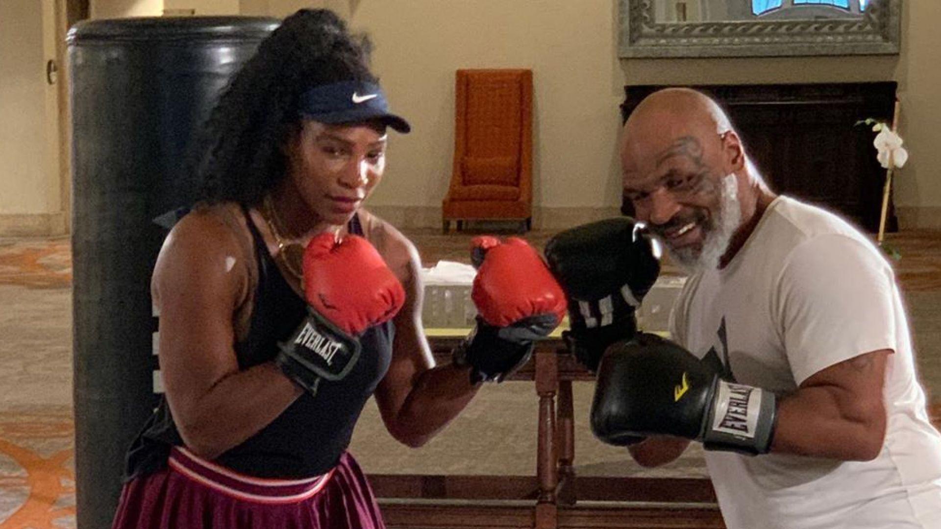 Серина се учи да се боксира от най-добрия (видео)