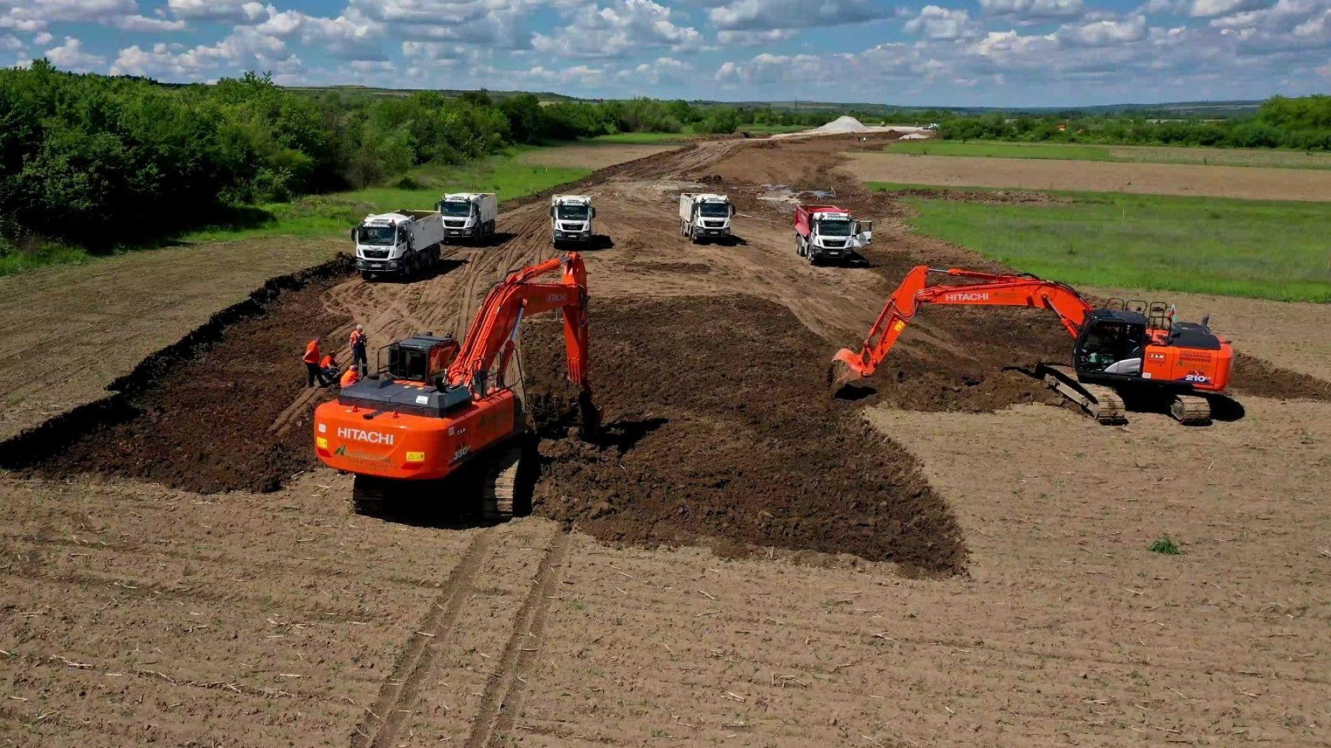 """""""Автомагистрали"""" ще строи последните 89 км от АМ """"Хемус"""""""