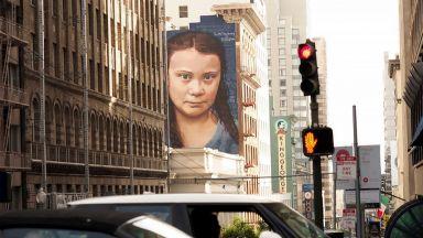 Кобре нарисува огромен портрет на Грета Тунберг в Сан Франциско