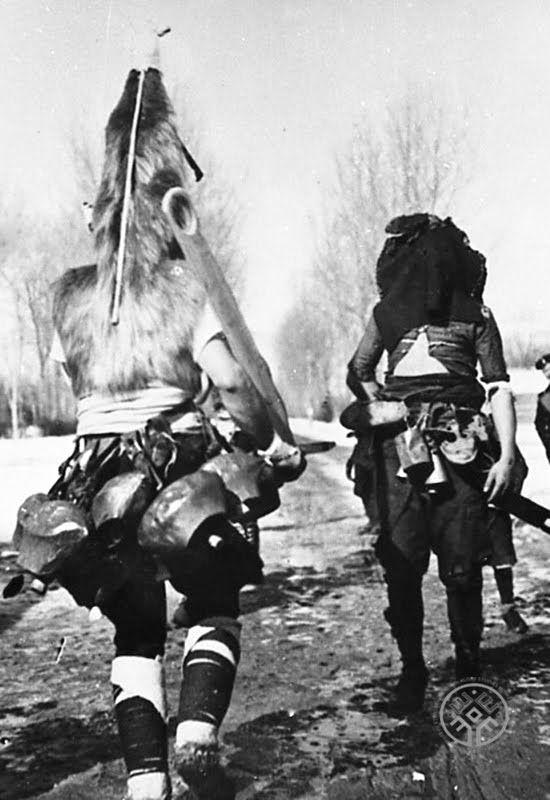 Кукери-старци, с. Павел баня, Казанлъшко. ИЕФЕМ-АЕИМ, арх. № 994
