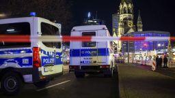 Обвиниха мъж за смъртоносната стрелба край берлинска зала