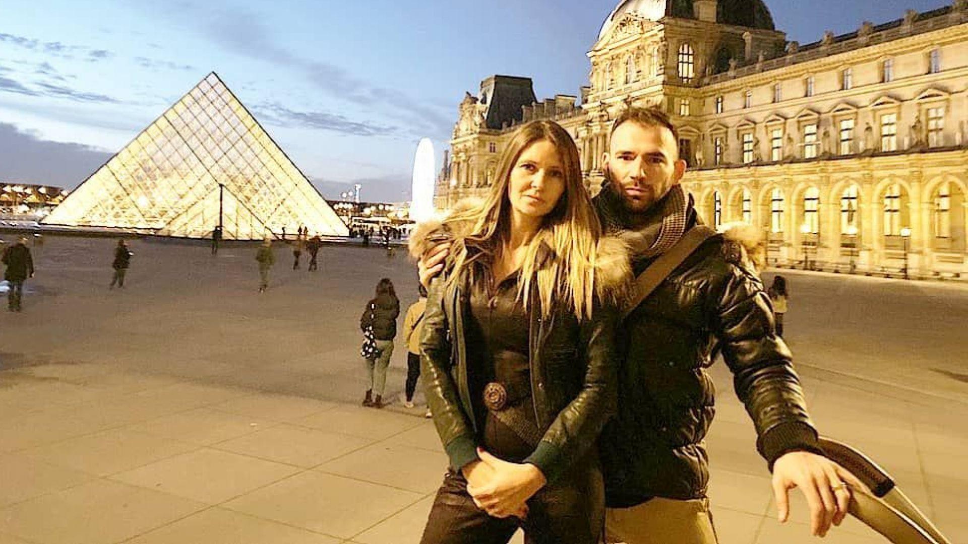 Наско Месечков със семейството в предпразничен Париж