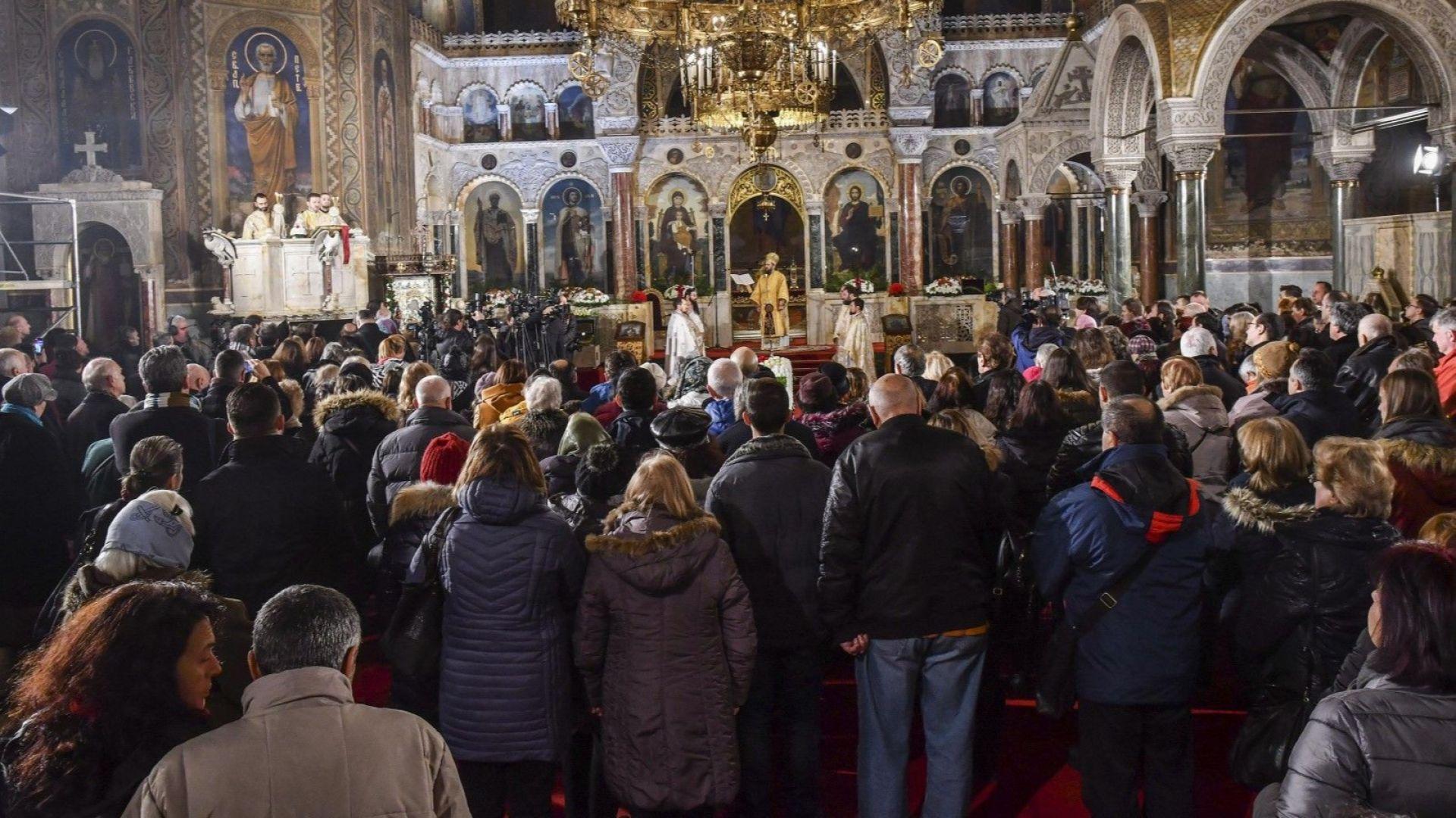 Двама митрополити споделиха своите чувства преди Рождество Христовонай На Бъдни