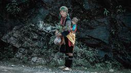 Красиви загадъчни лица от Югоизточна Азия