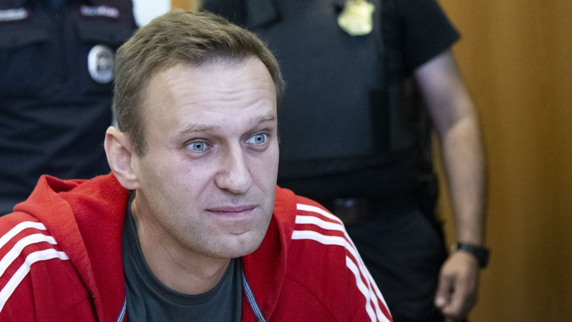 Полицията задържа руския опозиционен политик Алексей Навални. Той е арестуван