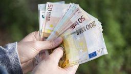 4 банки с интерес за гаранции към Фонда на фондовете