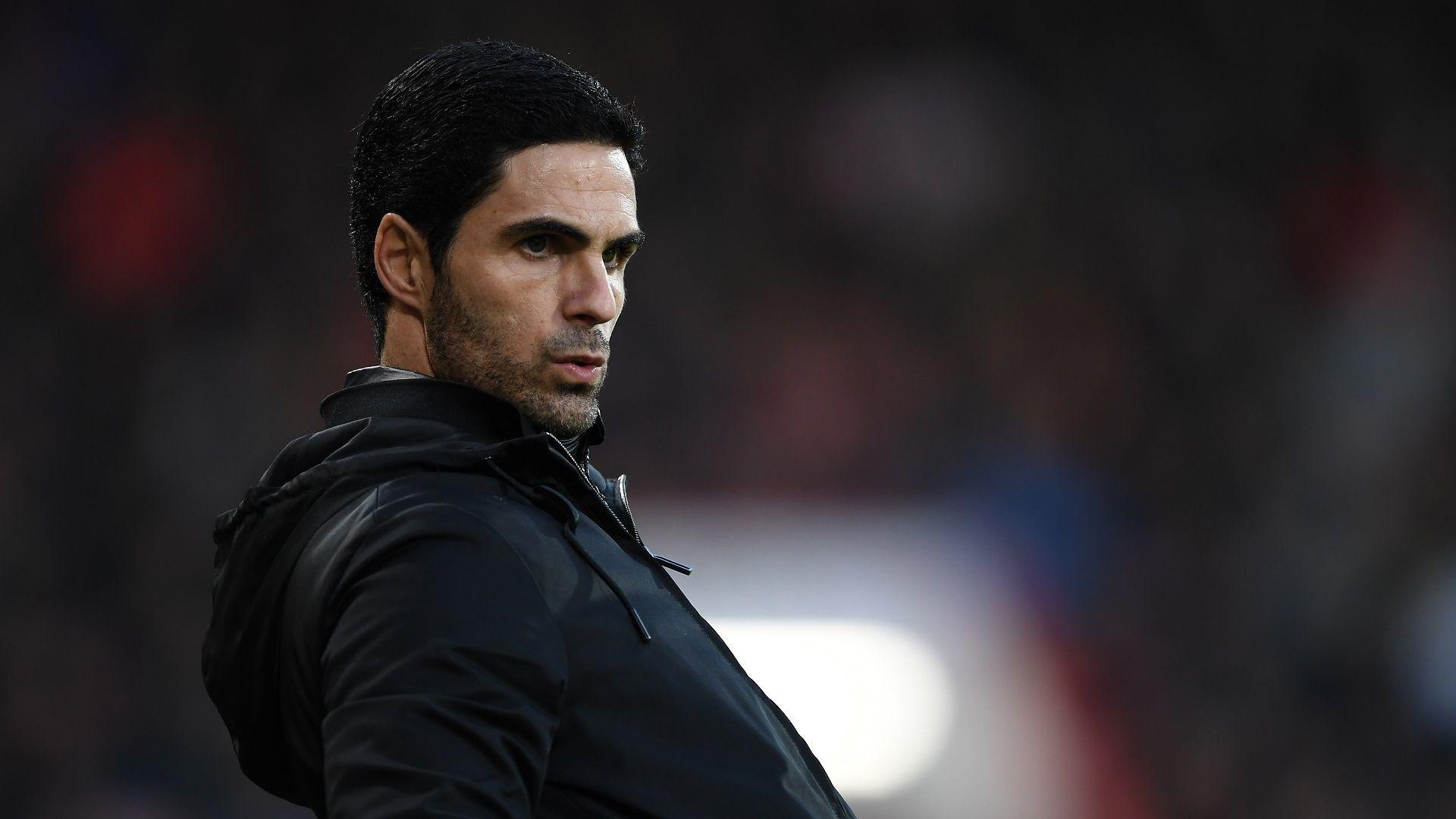 Отложиха дербито в Англия, Арсенал постави играчи и шефове в изолация