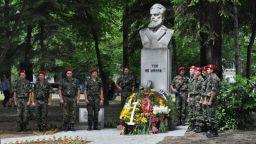 Под тепетата подготвят честване на 172 години от рождението на Христо Ботев