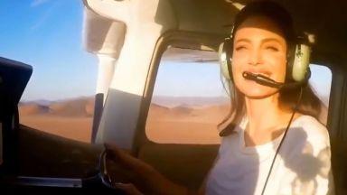 Анджелина Джоли става пилот, за да впечатли сина си Мадокс