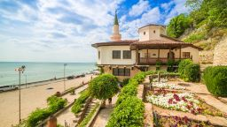 """С повече от 40 събития през 2020 година """"Двореца"""" в Балчик очаква ценителите на изкуствата"""