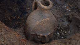 Приключиха разкопките на най-богатата надгробна могила от римската епоха