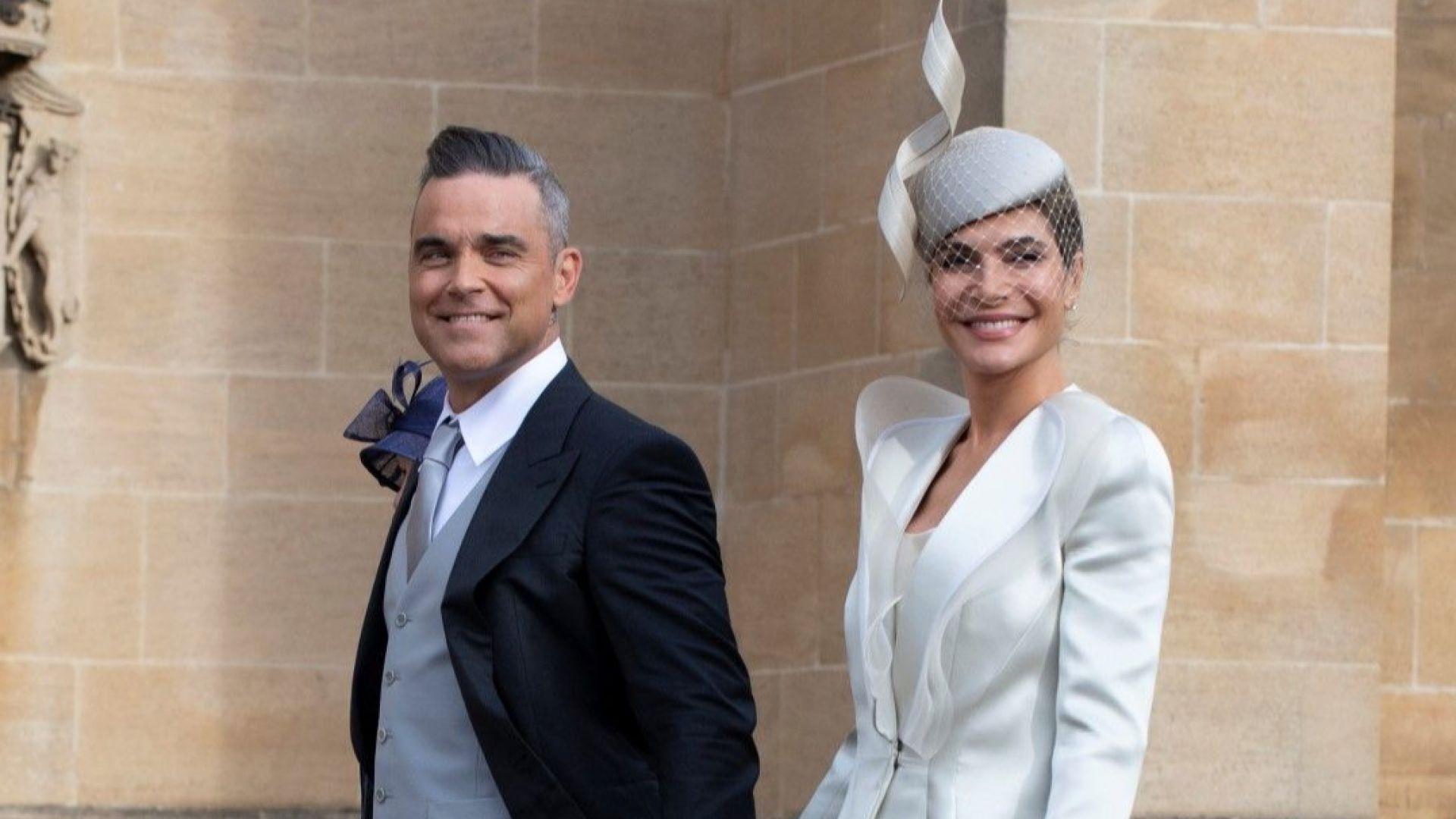 Роби Уилямс и Айда Фийлд отлагат подновяването на брачните си обети