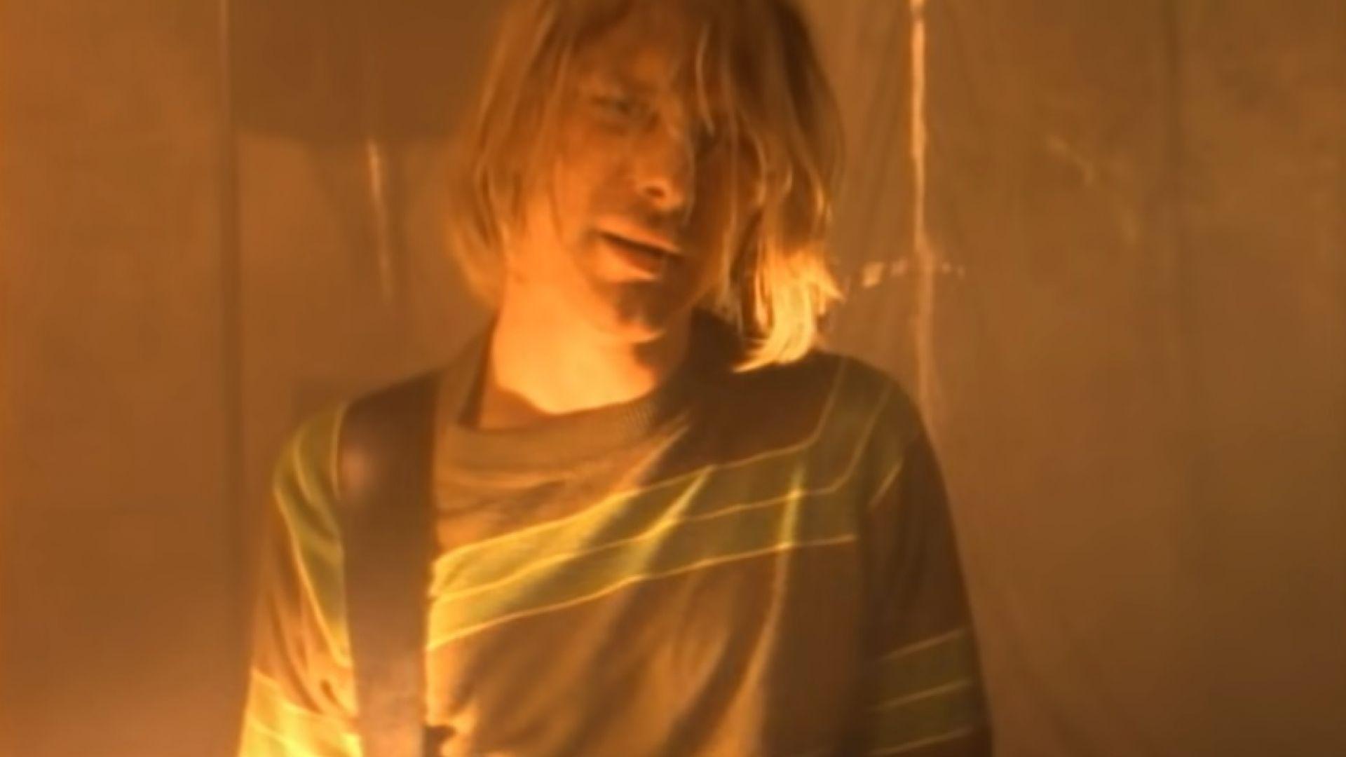 """""""Smells Like Teen Spirit"""" на Nirvana с 1 милиард гледания в YouTube"""