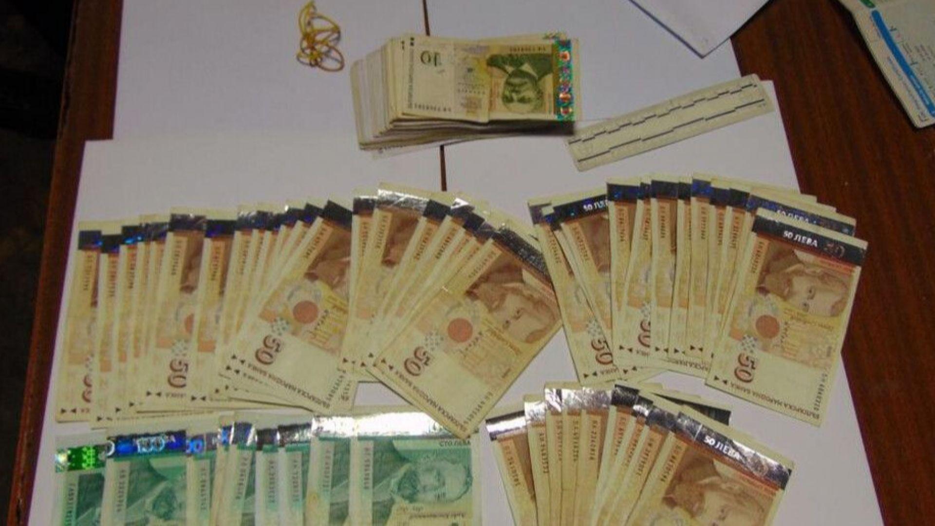 Пловдивчанка даде подкуп на полицейски инспектор, арестуваха я