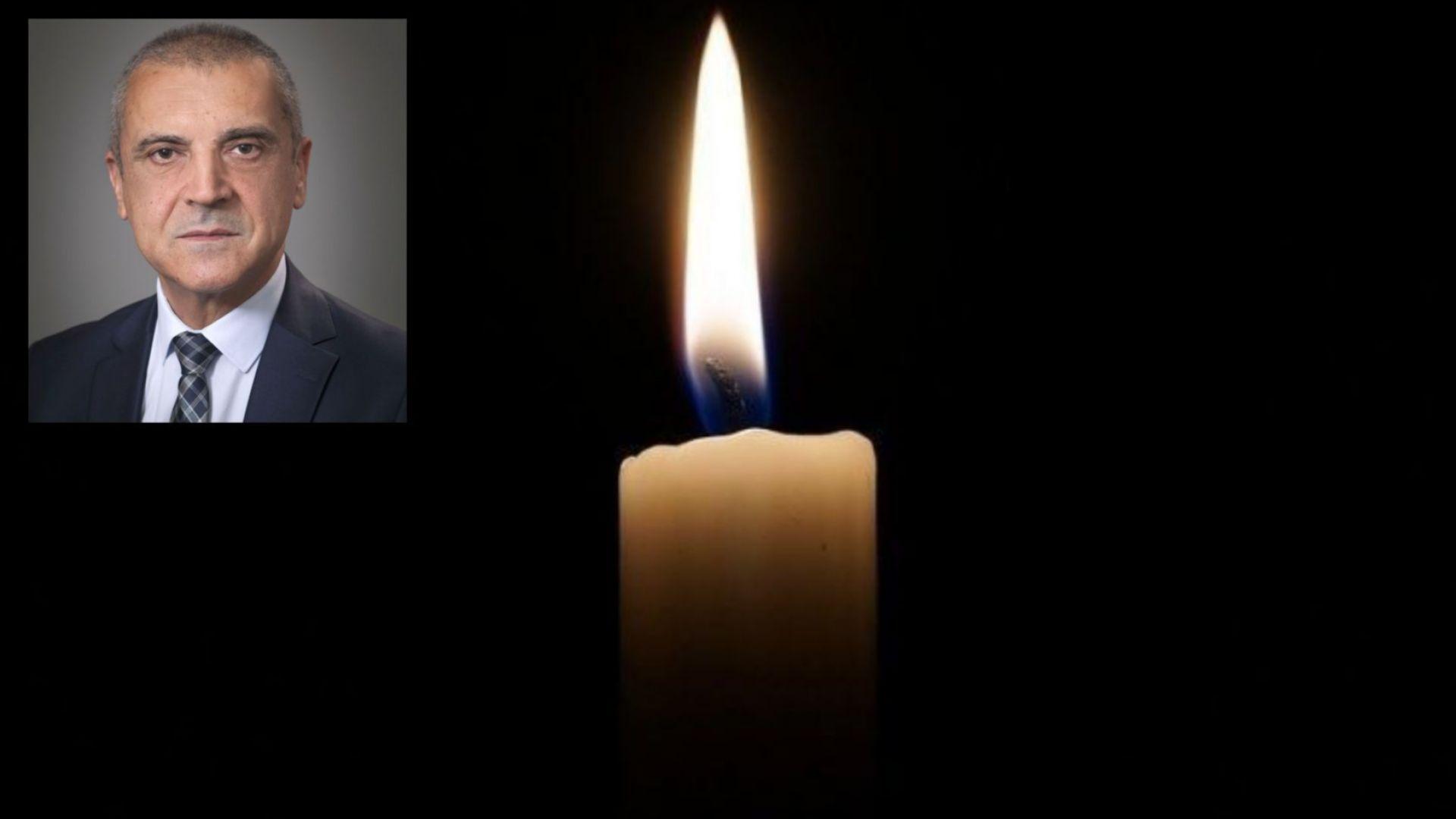 На 61-годишна възраст внезапно почина секретарят на президента по външна