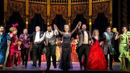 """Новогодишният спектакъл на """"Прилепът"""" взриви от емоции Музикалния театър"""