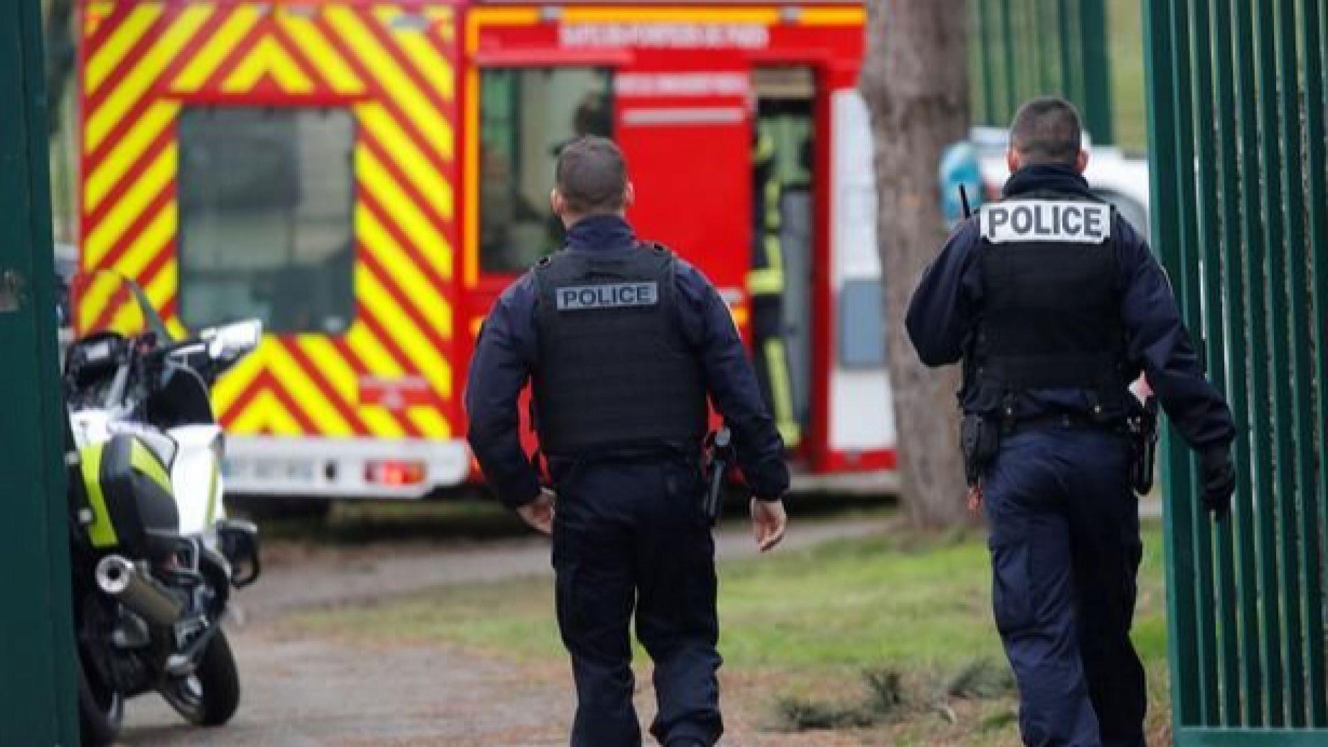 Убит е нападател, намушкал минувачи край Париж (видео)