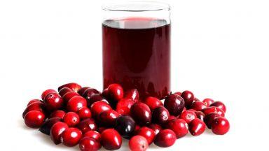 Сок от боровинки срещу високо кръвно