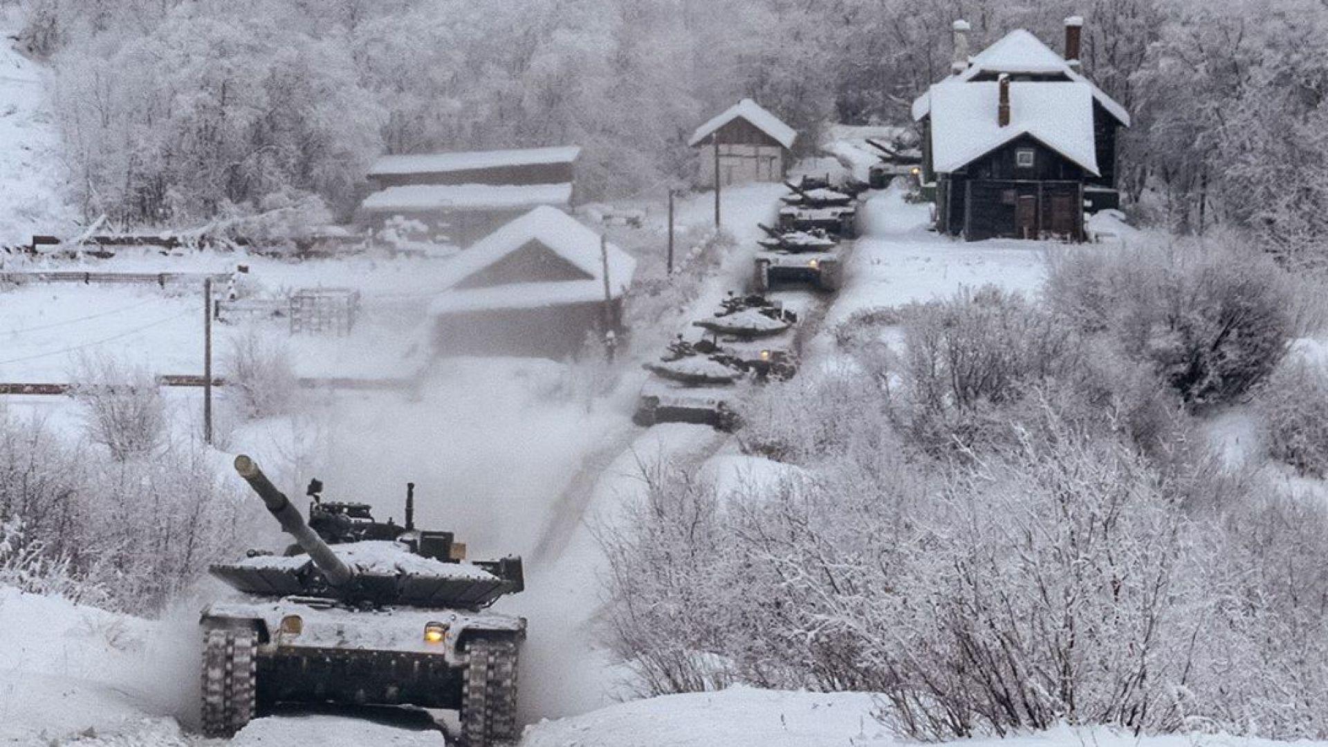 Русия с любопитни кадри от военно учение в Арктика