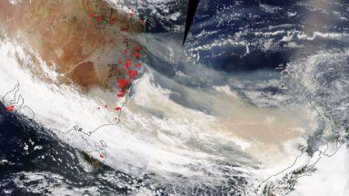 НАСА: Димът от пожарите в Австралия ще обиколи цялата Земя