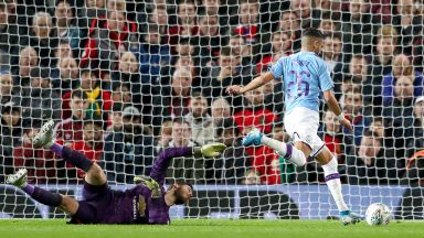Сити прати в нокдаун Юнайтед с три бързи удара