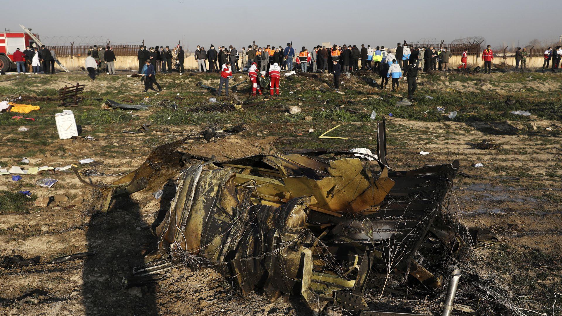 """Иран ще плати по $150 хил. на близките на жертвите от сваления украински """"Боинг"""""""