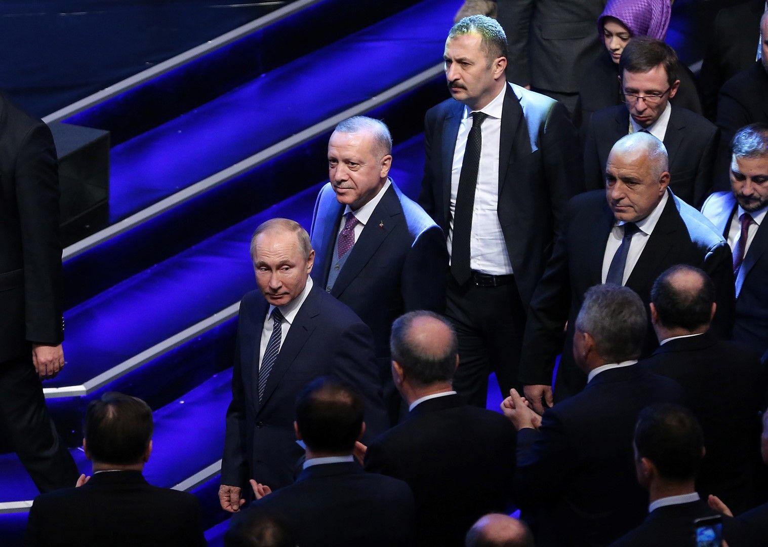 "Владимир Путин, Реджеп Тайип Ердоган, Бойко Борисов по време на откриването на ""Турски поток"""