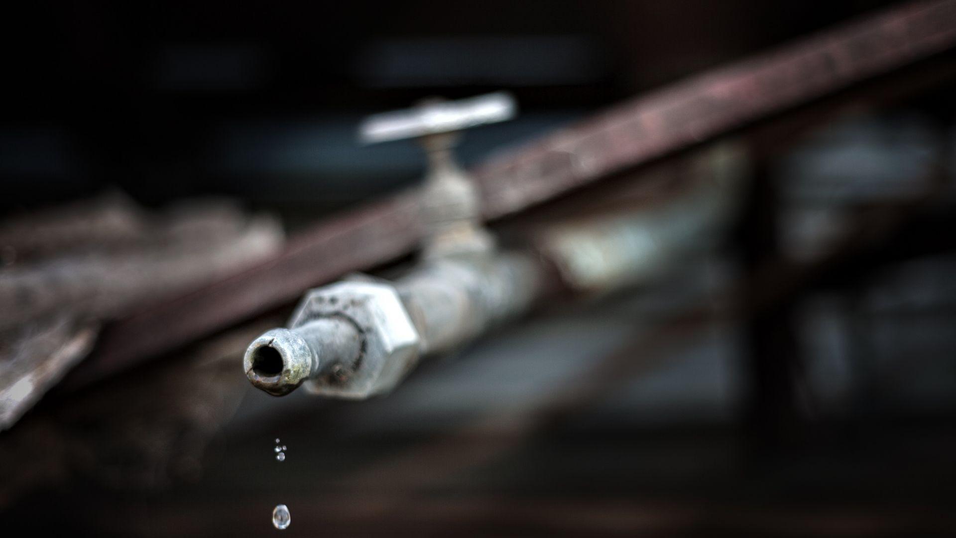 МРРБ опровергава БСП: Само 117 000 души в страната са на воден режим