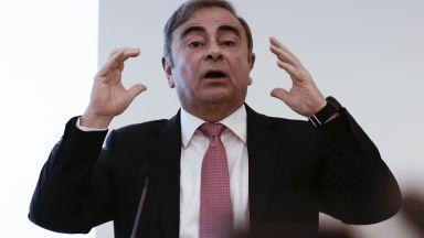 Renault ще търси компенсация от беглеца Карлос Гон