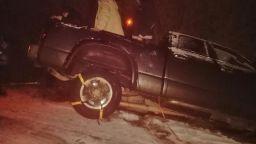 Рокаджийката Милена пропадна с колата си в канал (снимка)