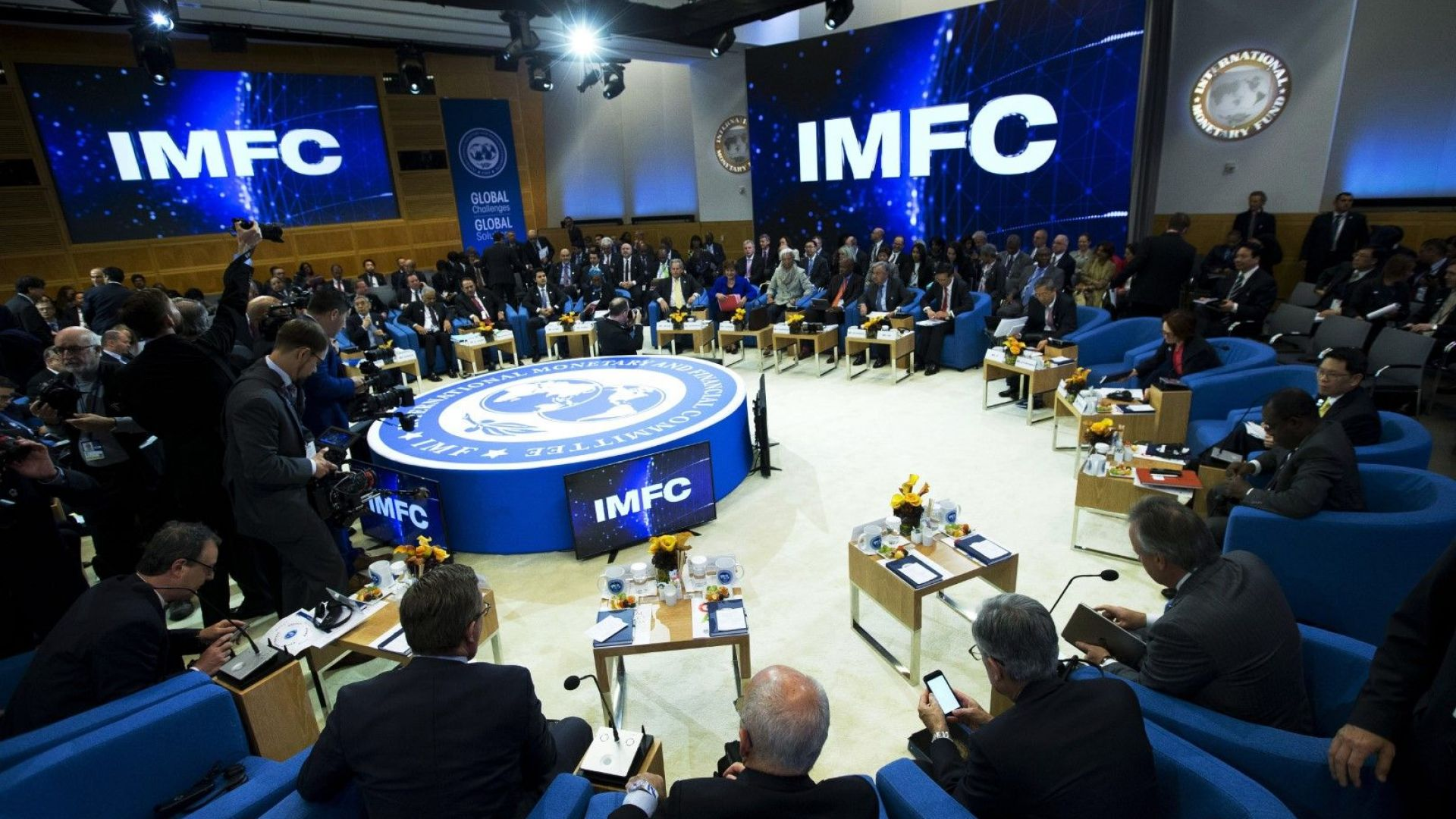 Световната банка прогнозира скромен икономически растеж от 2,5% за 2020 г.