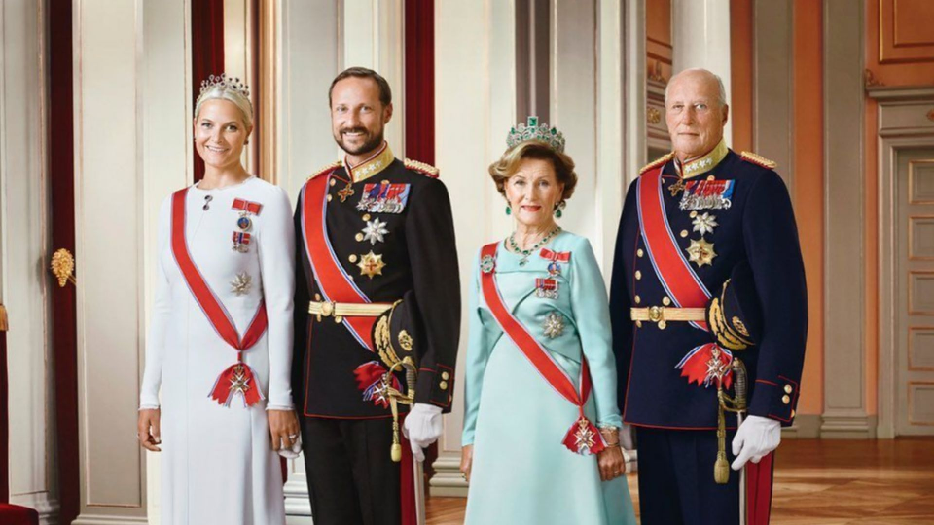 Кралят на Норвегия бе приет в болница