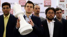 Шампионът Карлсен организира звезден турнир по време на изолацията