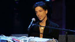 """Звезди на музиката ще почетат Принс с концерт след наградите """"Грами"""""""