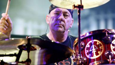 """Почина легендарният барабанист на """"Ръш"""" Нийл Пиърт"""