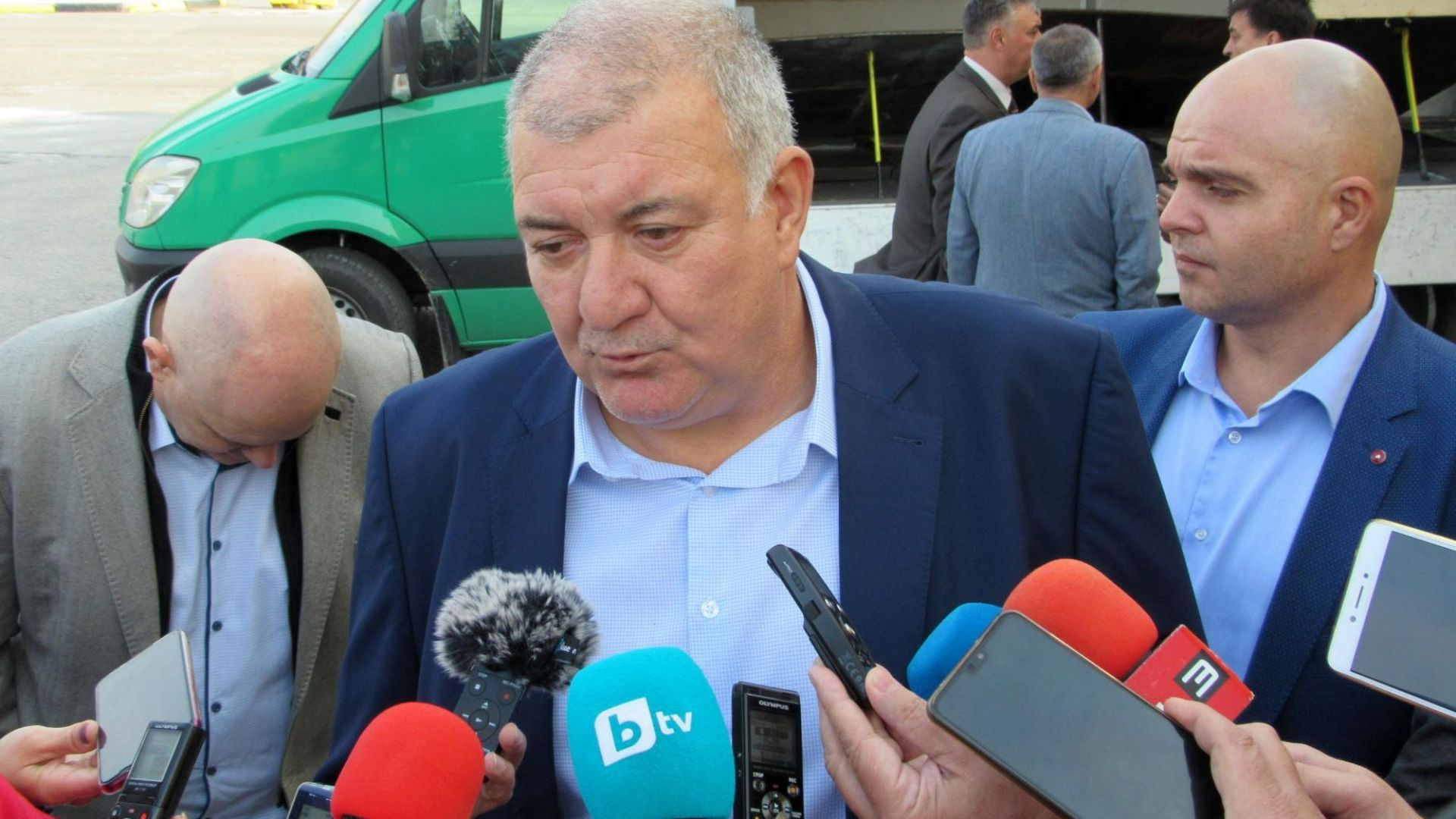Шефът на митниците Георги Костов с коронавирус, лекува се във ВМА (обновена)