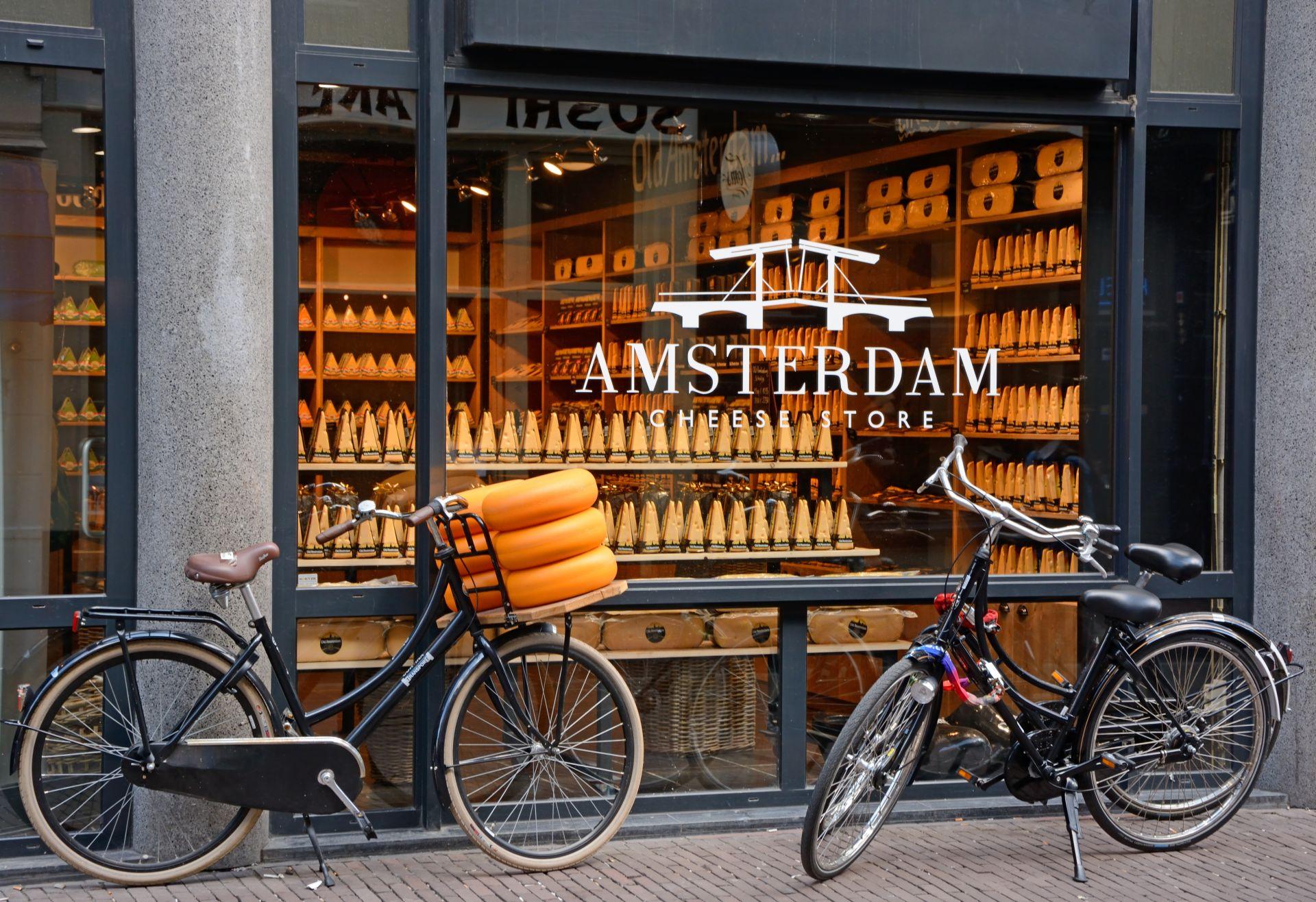 Витрина на магазин за сирене в Амстердам