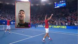 Джокович и съотборниците му отпразнуваха световната титла с чалга хит на Камелия