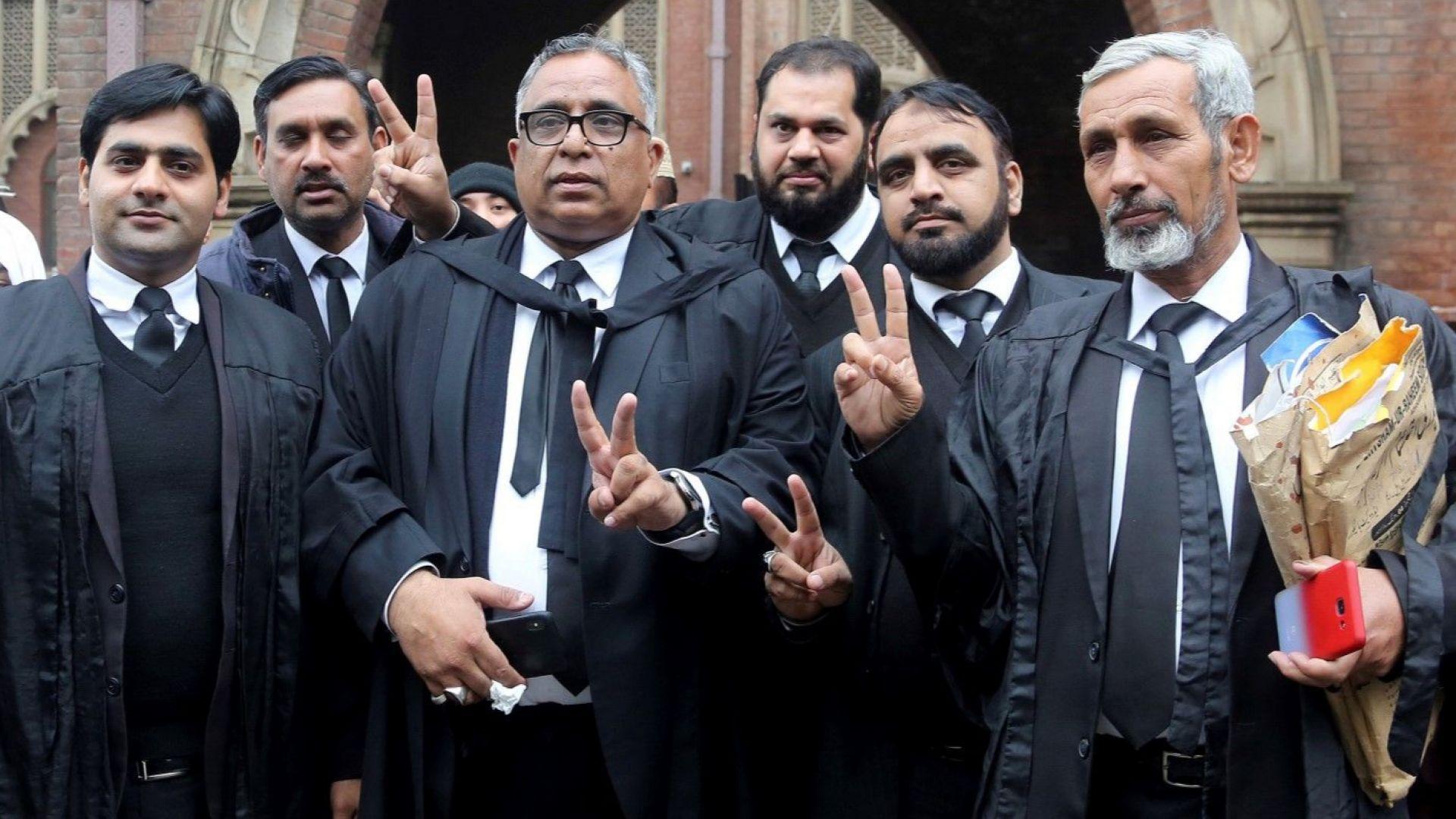 Пакистански съд отмени смъртната присъда на ген. Мушараф