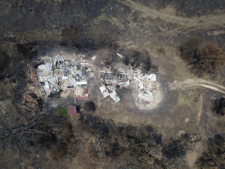 Австралийско селище изпепелено от пожарите, 13 януари 2020