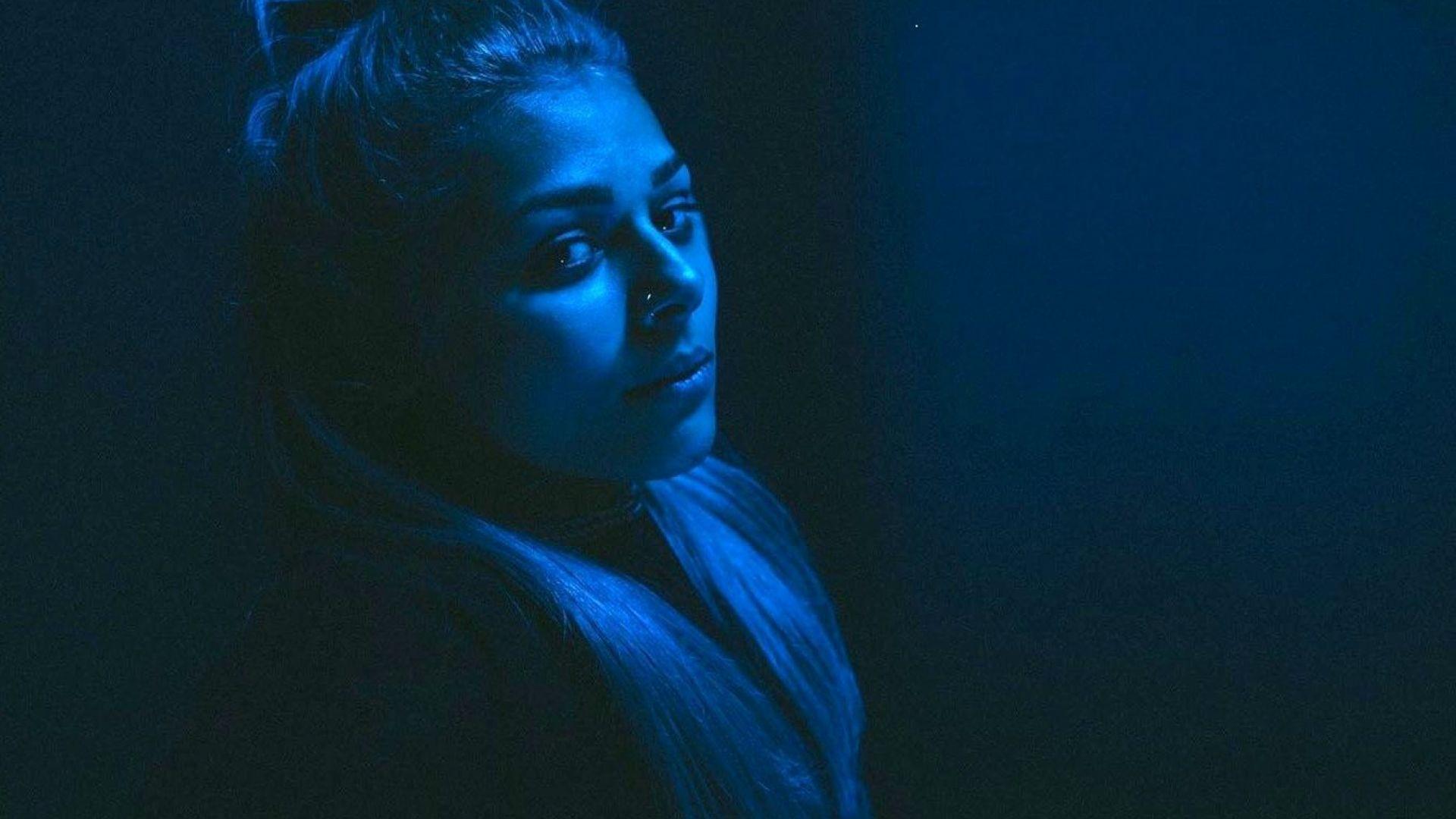 Виктория представя песента си за Евровизия пред 10 хил. души в Амстердам