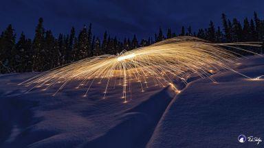 Светлинна живопис, вдъхновена от сиянието над Аляска