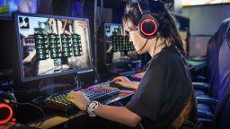 Япония иска да забрани гейминга за подрастващите
