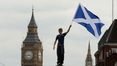 Революция в Шотландия - забраняват на децата да играят футбол с глава