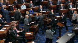 Сенатът на САЩ откри процеса за импийчмънт на Тръмп
