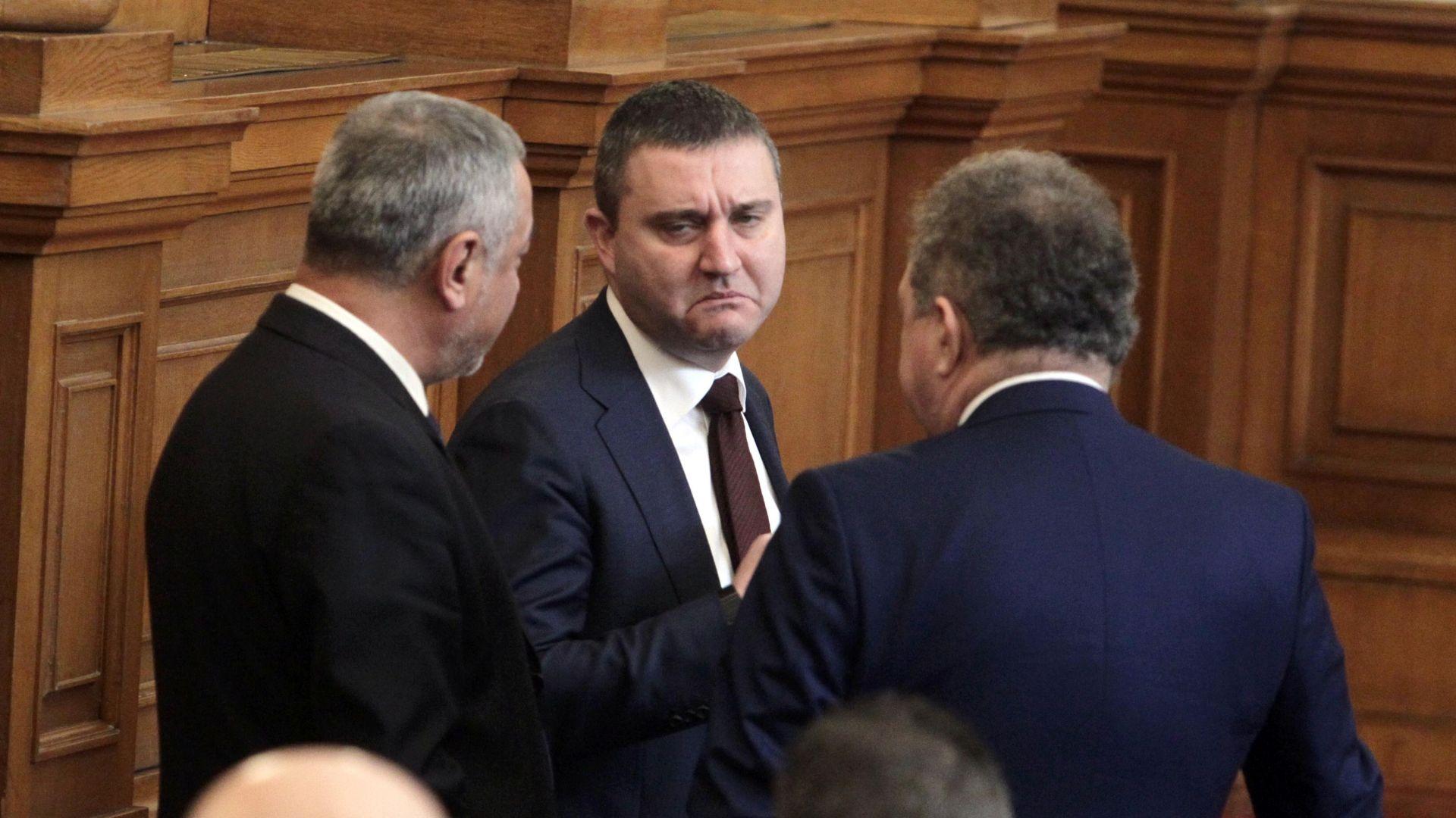 """Горанов иска да """"прибере"""" Комисията по хазарта към МС"""