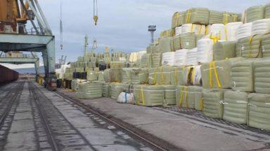 Прокурори разследват внос на боклук от Италия през Бургас